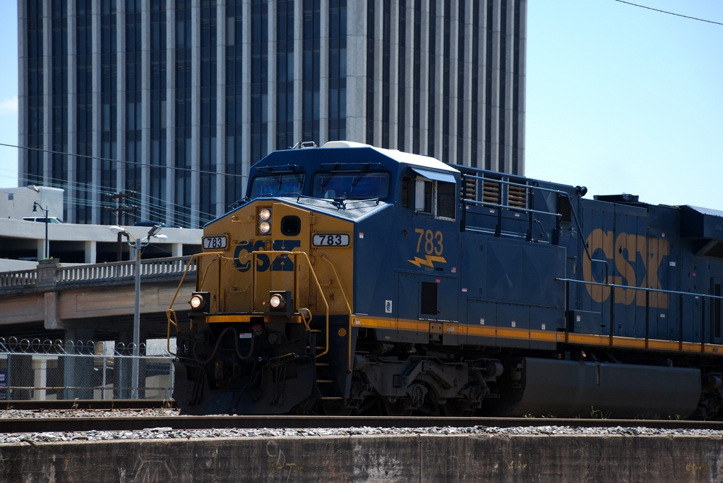 CSX shakes up management to facilitate transformation