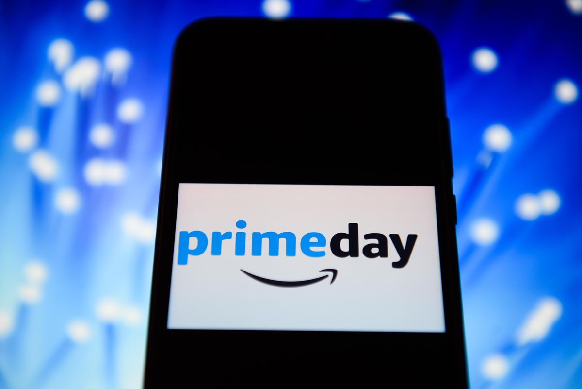 Purchasing On Mobile Devices Will Drive Holiday Sales And Hit $314 Billion This Year