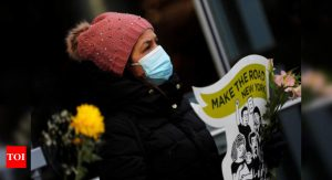 Women reported decreased happiness during Covid-19 pandemic: Study